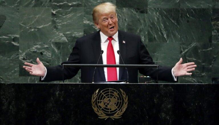 ASV 'atbildēs' uz ķīmisko ieroču pielietošanu Sīrijā, brīdina Tramps