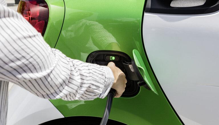 Главы BMW, Daimler и Porsche рассказали, когда немецкие автомобили станут электрическими
