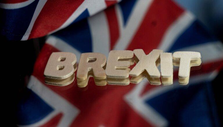 Страны ЕС одобрили применение соглашения по Brexit с 1 января