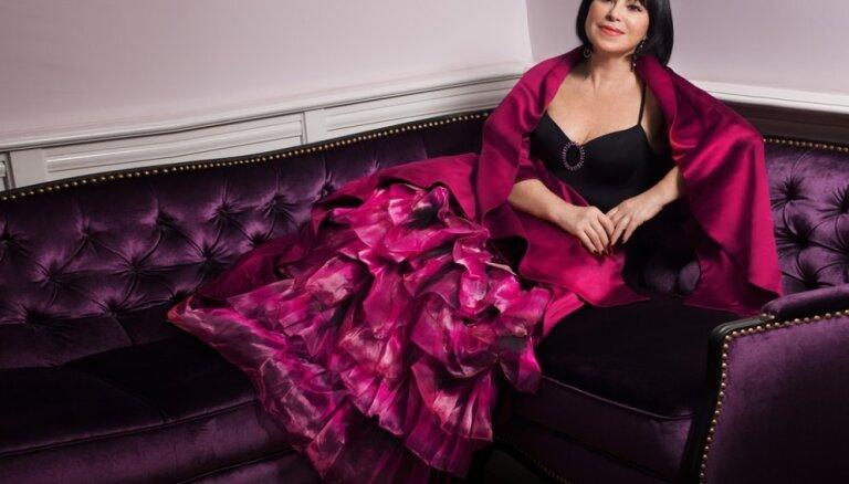 Decembrī skanēs Ineses Galantes koncerti 'Ziemassvētku prelūdija'