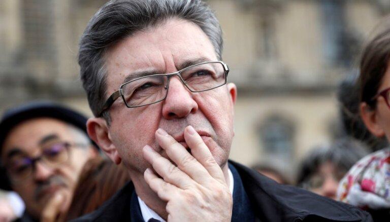 Franču komunista Melenšona atbalstītāji nesteidz atbalstīt Makronu