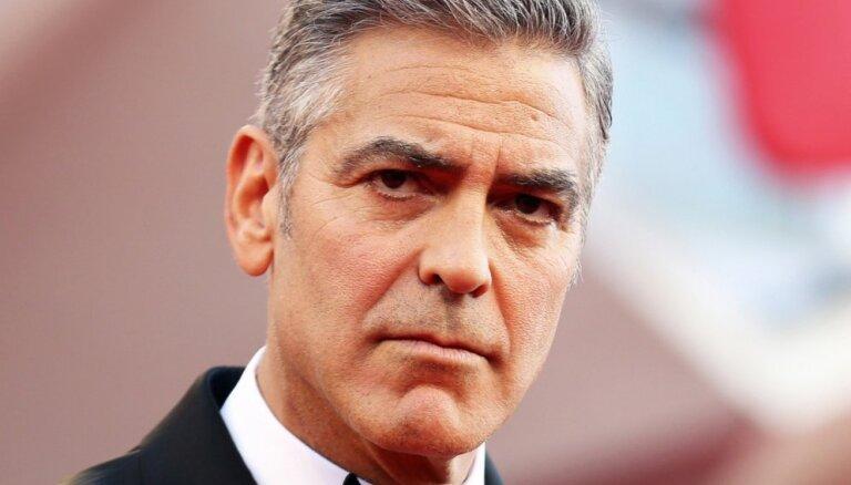 Авария с Джорджем Клуни попала на видео