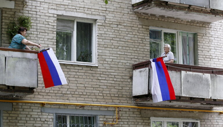 'Cehs.lv': Greifāne, šprotes un legāli geji – vieglas idejas Krievijas sodīšanai