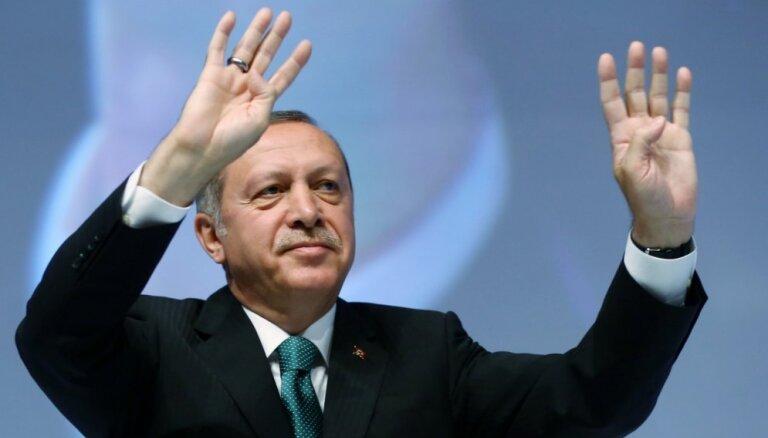 """Эрдоган заявил о готовности приступить к реализации """"Турецкого потока"""""""