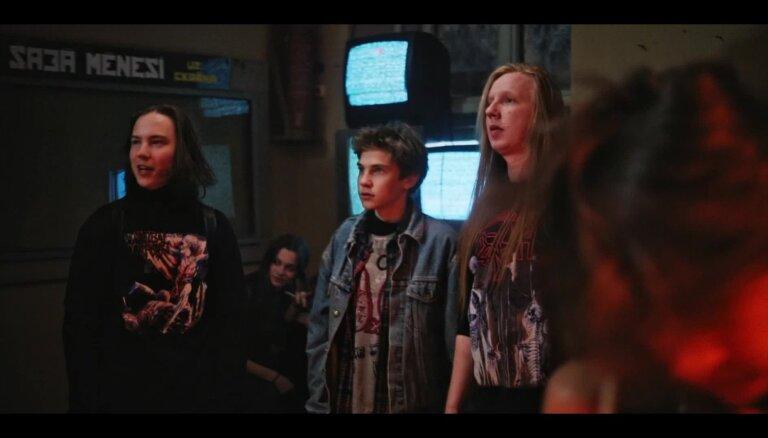Noskaties! 'Jelgava '94' aizkadros – 'īstie' Jānis, Zombis un Nāve