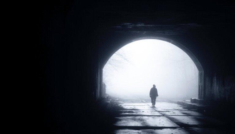 Ko cilvēkā maina nāves tuvums?