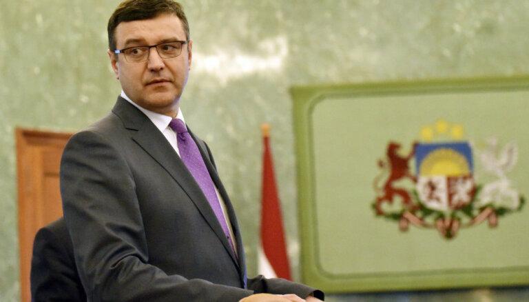 Правительство поможет ликвидировать последствия трагического пожара в Саласпилсе