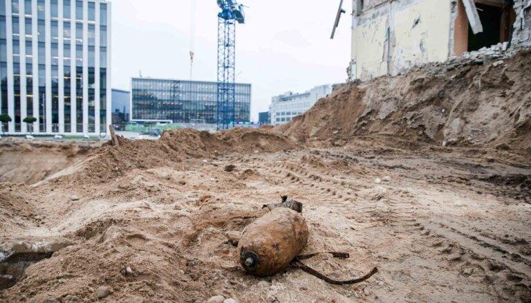"""В Вильнюсе обнаружена 100-килограммовая авиационная бомба, начата операция """"Щит"""""""