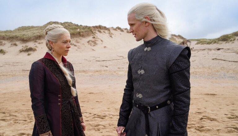 Stāsts par Tārgārjenu dzimtu: foto no seriāla 'House of Dragon' filmēšanas laukuma