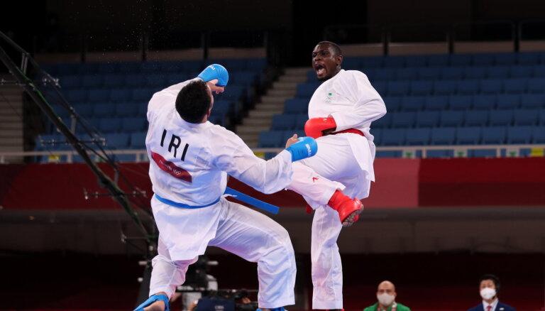 Иранский каратист улетел в нокаут, а когда очнулся, узнал что стал чемпионом