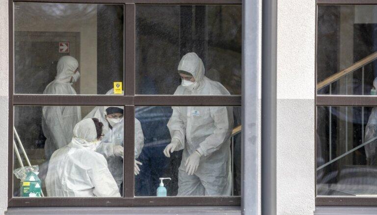 Pasaulē koronavīrusa pandēmijā mirušo skaits pārsniedzis 60 000