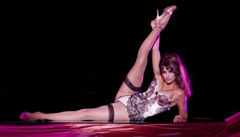 Пенелопа Крус названа самой сексуальной женщиной 2014 года