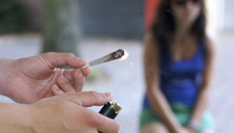 Skolēni zina par smēķēšanas kaitīgumu, bet neaizdomājas par sekām