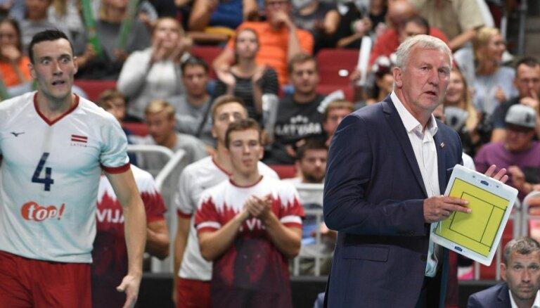 Volejbola izlases treneris Kēls neveiksmes cēloņus meklē serves uzņemšanā