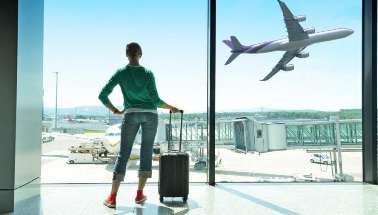 Kā leišu 'flyLAL' Latvijā neizdevās apspēlēt Rīgas lidostu un 'airBaltic'