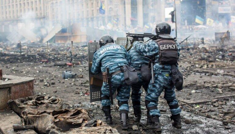 """""""Я сдохну возле того Зеленского"""": на Украине ждут обмена пленными, но и боятся его"""