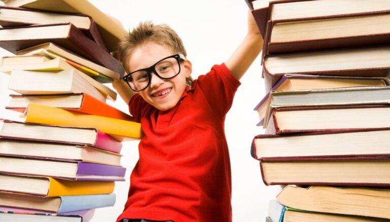 Eksperti: Cenzūra bērnu literatūrā nav pieļaujama; tā ir pretrunā ar bērnu audzināšanas principiem