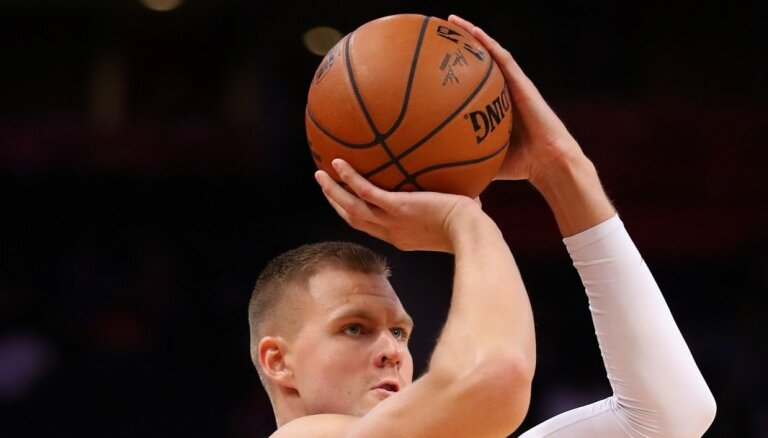 Porziņģis ar 18 punktiem atgriežas NBA laukumos
