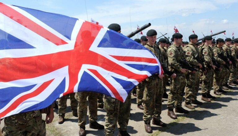 Лондон заявил о планах создания военных баз после Brexit
