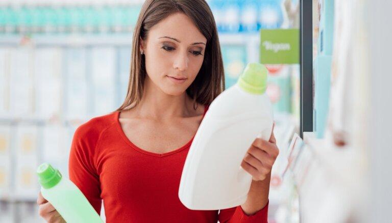 Vai ekoloģiskais mazgāšanas līdzeklis iztīra tikpat labi kā parastais mazgāšanas līdzeklis?