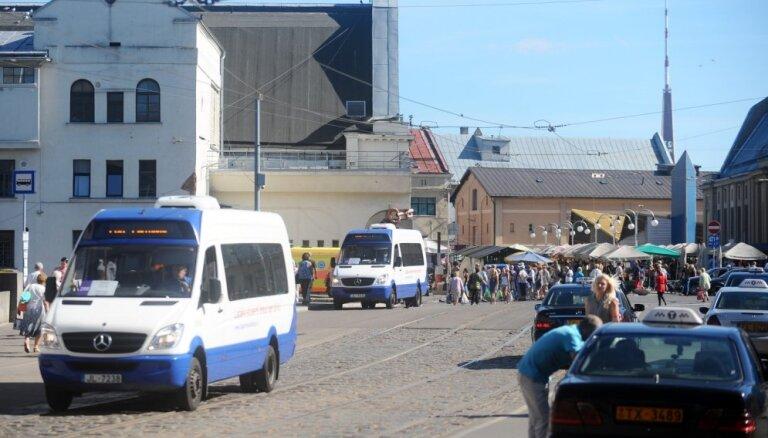 Aiztur valsts dotāciju Rīgas domei par personu ar invaliditāti pārvadājumiem