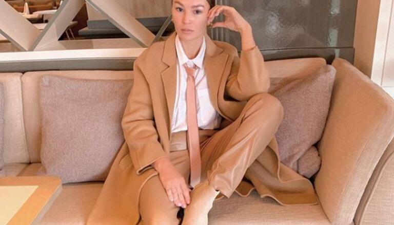 ФОТО. Мужской аксессуар стал модным трендом среди женщин