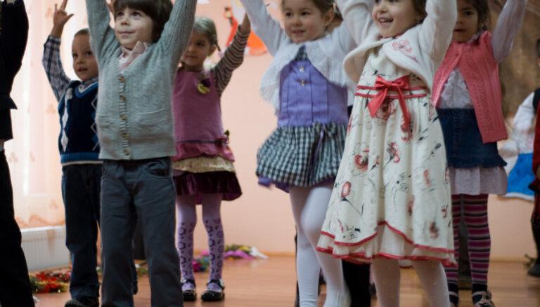 Andrejs Judins: bērnudārzos jāpārtrauc bērnu dalīšana pēc valodas