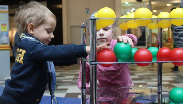 Zinātnes centrs 'AHHAA' viesosies piecās Latvijas pilsētās