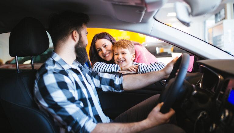 Elektromobilis visai ģimenei – tikai pāris auto saprātīgo cenu segmentā