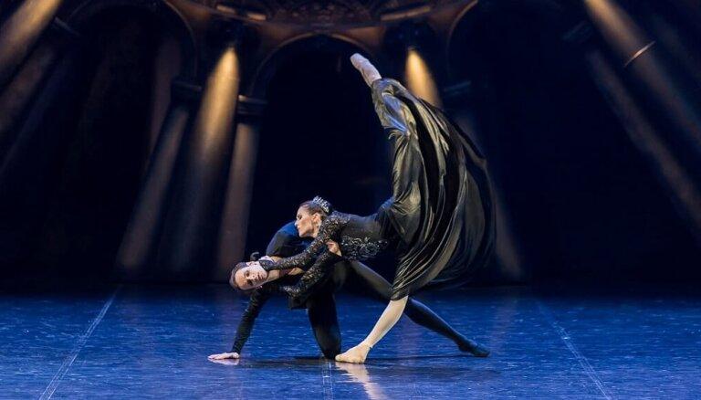 """В Риге покажут балет """"Русский Гамлет"""": царский подарок от Бориса Эйфмана"""