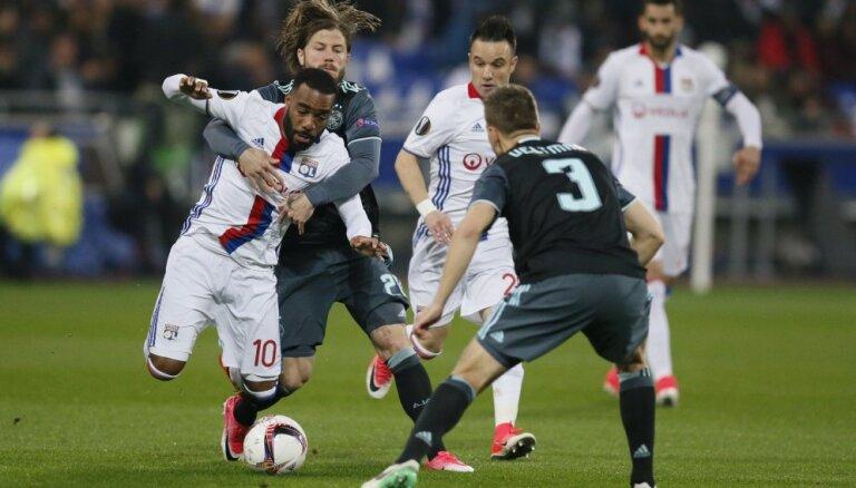 ВИДЕО: Дубль за минуту, три удаления и финалисты Лиги Европы известны