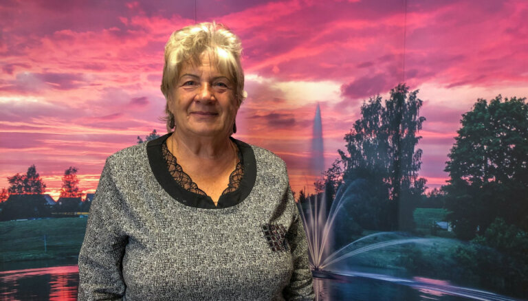 Pensionāru klubiņa vadītāja Rita Bormane: 'No manis nebirst smiltis, tas ir jaunības dullums!'