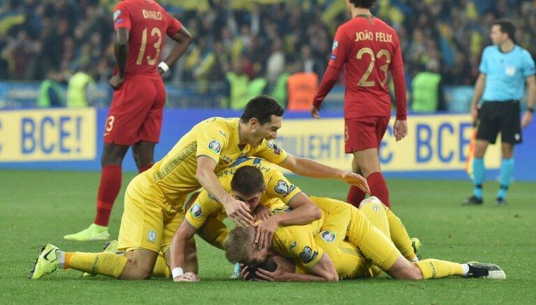 ЕВРО: Украина первой победой за 9 лет прервала рекордную серию из шести поражений