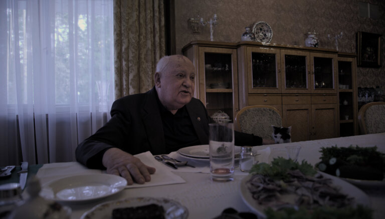 """Горбачев призвал Путина и Байдена """"не бычиться"""" и обсудить ядерную войну"""