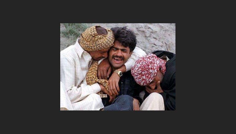 В Пакистане перевернулась лодка с паломниками