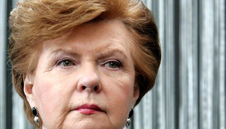 Vīķe-Freiberga: ir situācijas, kad Saeima pieņem līdz galam neizstrādātus likumprojektus