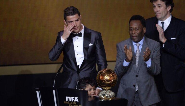 Спустя пять лет Криштиану Роналду снова признан лучшим футболистом мира