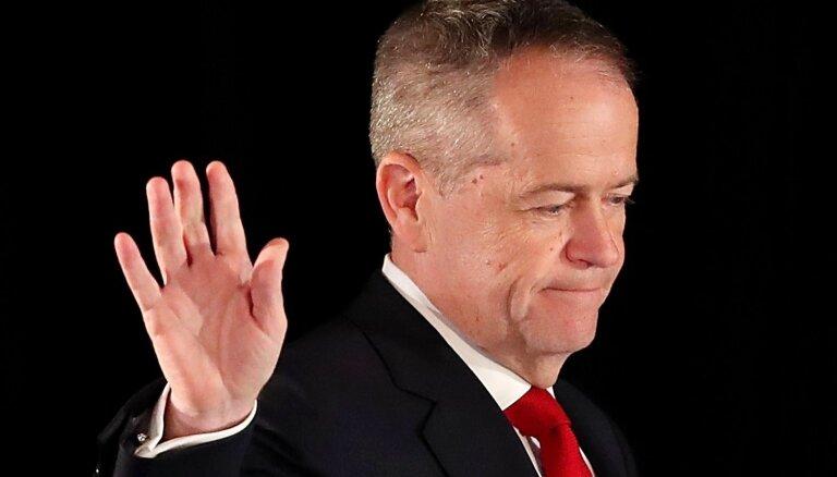 Austrālijas parlamenta vēlēšanas: leiboristu līderis atzīst sakāvi