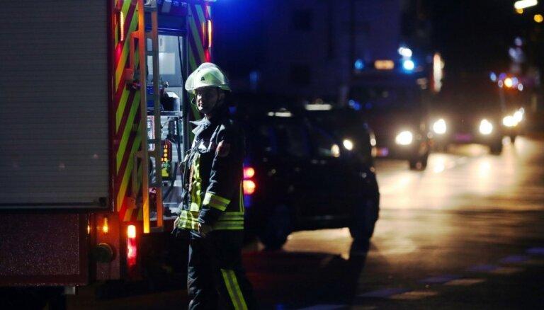 Ugunsdzēsēji izglābuši trīs cilvēkus