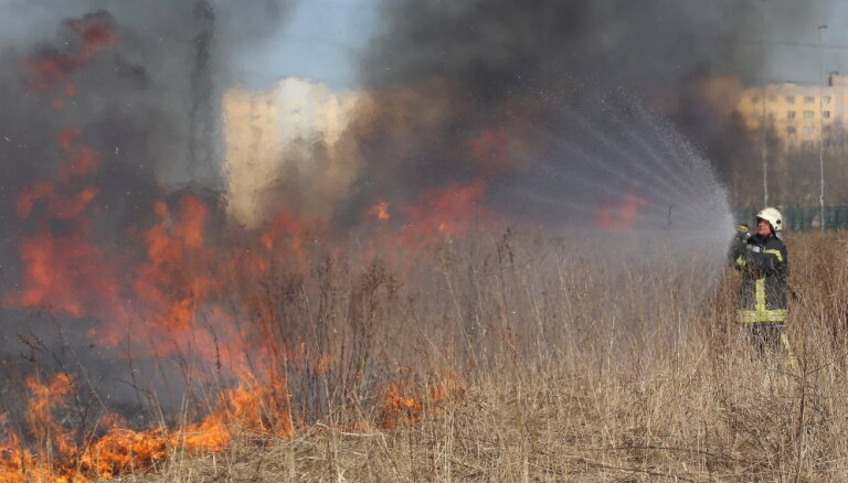 Šogad teju uz pusi palielinājies kūlas ugunsgrēku skaits