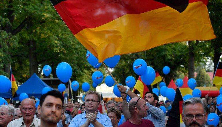 AfD gūst lielus panākumus Brandenburgas un Saksijas landtāgu vēlēšanās