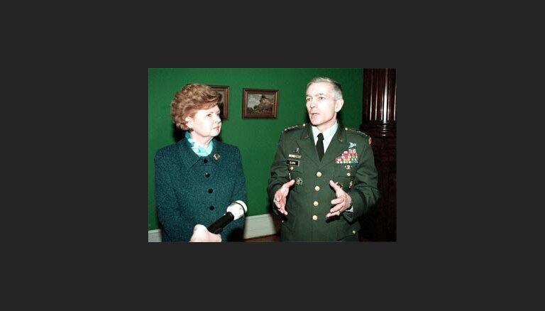 Klārks un Vīķe - Freiberga neredz draudus Krievijai pēc NATO paplašināšanās