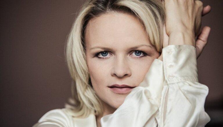 Festivālā 'Eiropas Ziemassvētki' – ērģelniece Iveta Apkalna un saksofonists Oskars Petrauskis