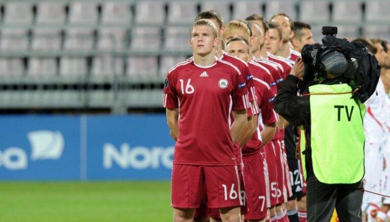 Latvijas futbola izlase FIFA rangā zaudē vēl četras pozīcijas