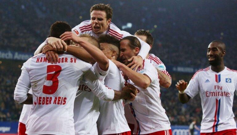 HSV bez Rudņeva izglābjas un saglabā vietu Vācijas futbola bundeslīgā