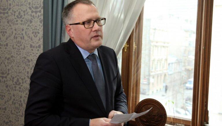 """Ашераденс признал вину министерства в мошеннической схеме с """"зеленой энергией"""""""