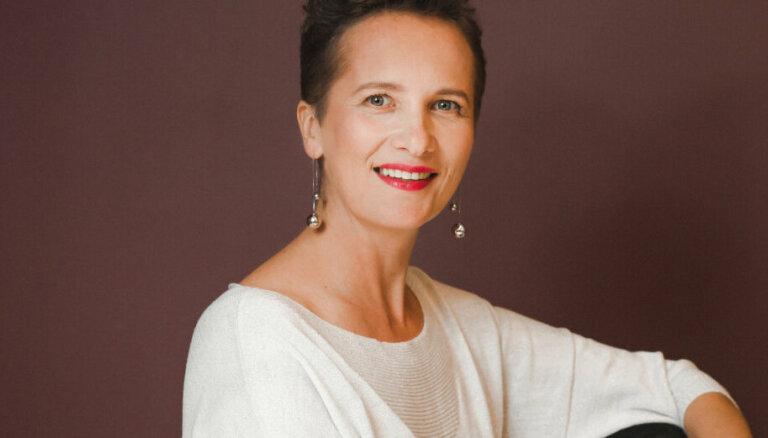 Cilvēka jaudas trenere Laura Dennler: pēc katras krīzes kļūstam spēcīgāki un gudrāki