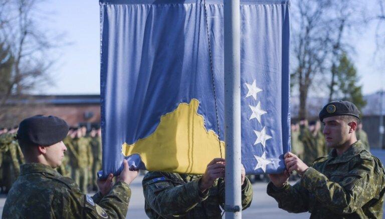 Kosovas armija ievērojami pastiprinās spriedzi reģionā, paziņo Serbija