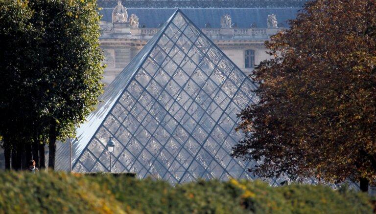 102 gadu vecumā miris Luvras piramīdas arhitekts Bei Juimins