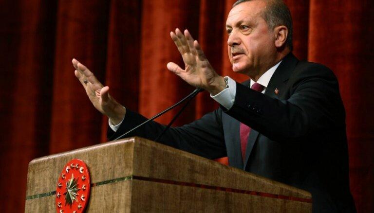 Turcijas centieni panākt uzņemšanu ES ir 'noslēguma fāzē', norāda Erdogans
